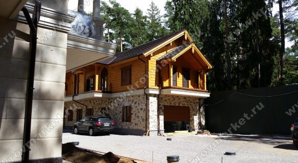 Проект комбинированного дома с гаражом